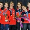 juvenal-alarcon-y-equipo-recibien-medallas